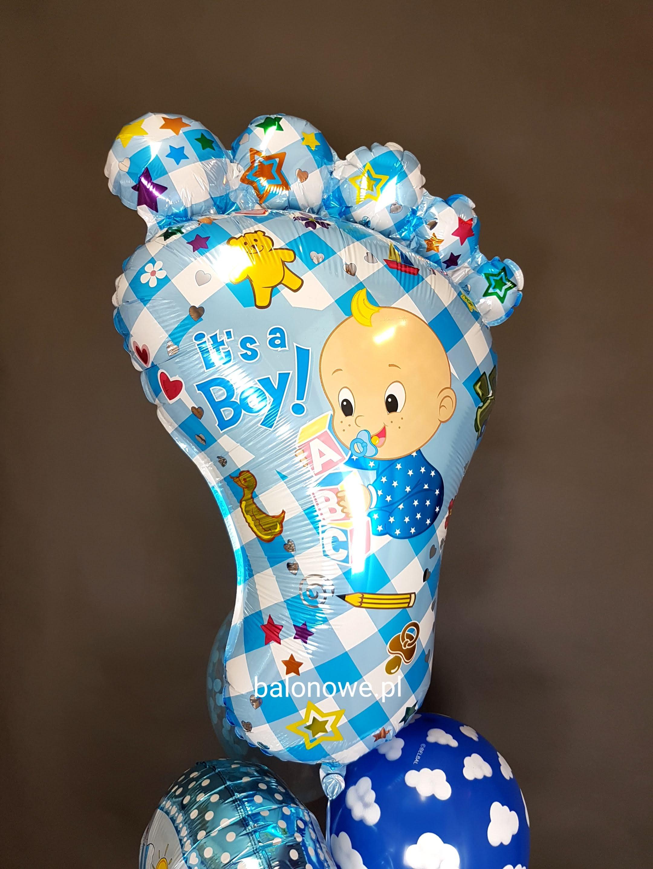 Balonowy bukiet na baby shower w kolorach nieba
